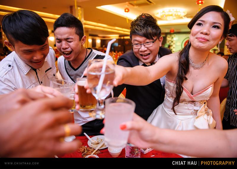 Chee Hou + Li Li - Actual Day Bride Dinner -_-136.jpg