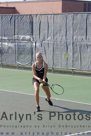Girls Tennis vs Delano