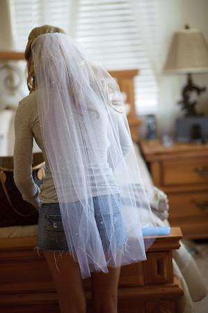 Bride Getting Ready: ManiPedi, Salon, Home