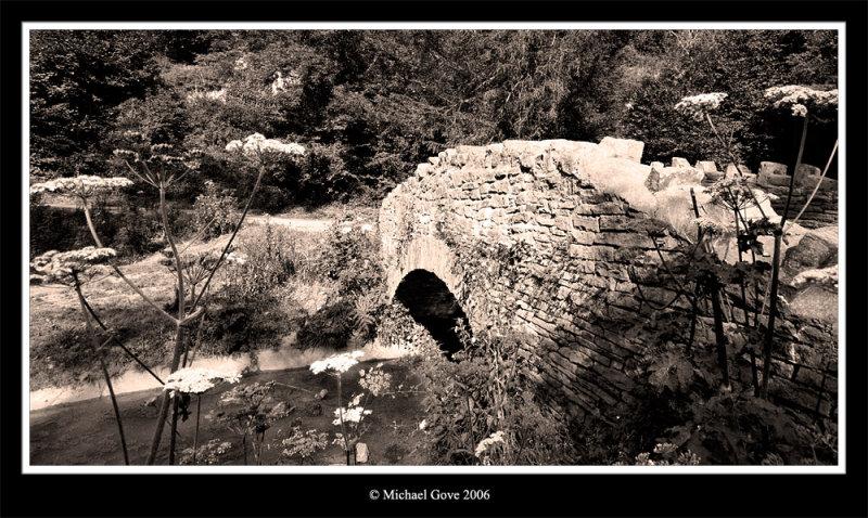 Bridge over stream Blaise Castle (64209911).jpg