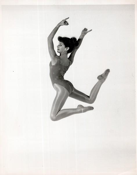 Dance_1024_a.jpg
