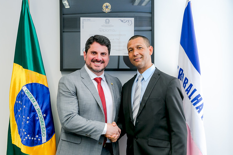 110719 - Gabinete - Policiais - Senador Marcos do Val_5.jpg