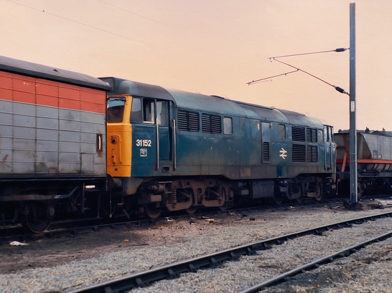 31152 sits at Wigan Springs Branch on the 29th May 1986