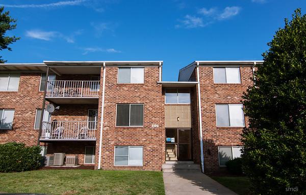 Park Side Apartments (1)