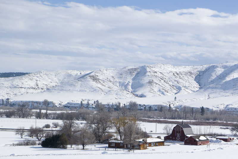 Central Montana I-90 Farm