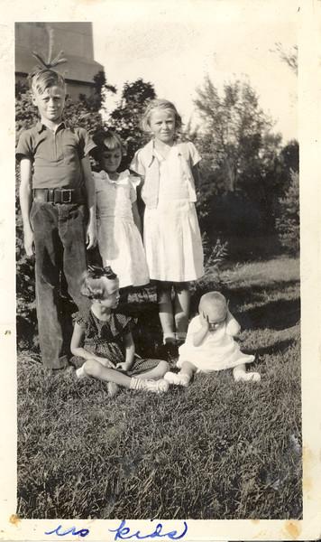 Olson kids - 1936.jpg