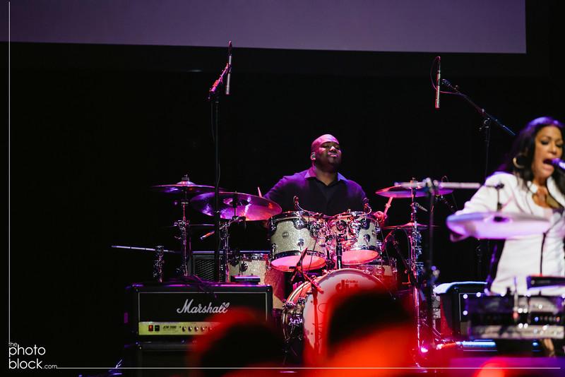 20140208_20140208_Elevate-Oakland-1st-Benefit-Concert-835_Edit_pb.JPG