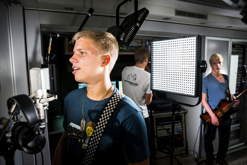 2013_09_23, Amersfoort, NL, Corderius College, Student Recording Session, lennonbus.org, europe.lennonbus.org, Session, students,