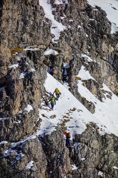 Winter climbers on the Mindelheimer Klettersteig