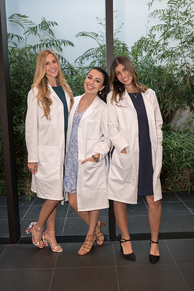 2019_04_15_SODM_White_Coat_Ceremony-239.jpg