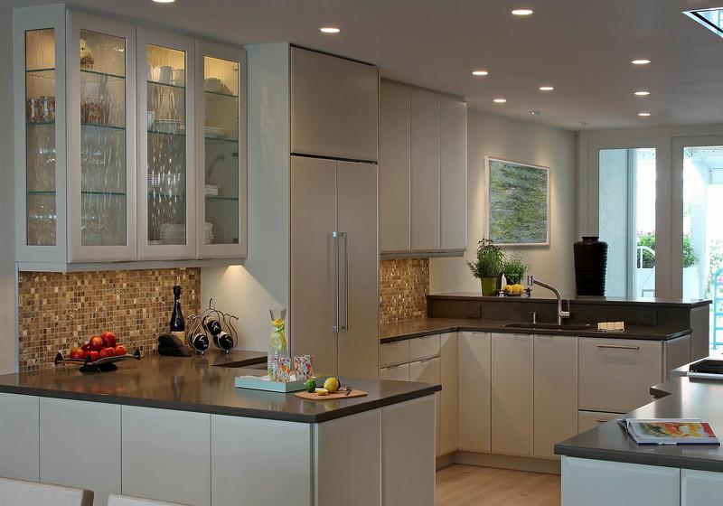 Vill_Kitchen3.jpg