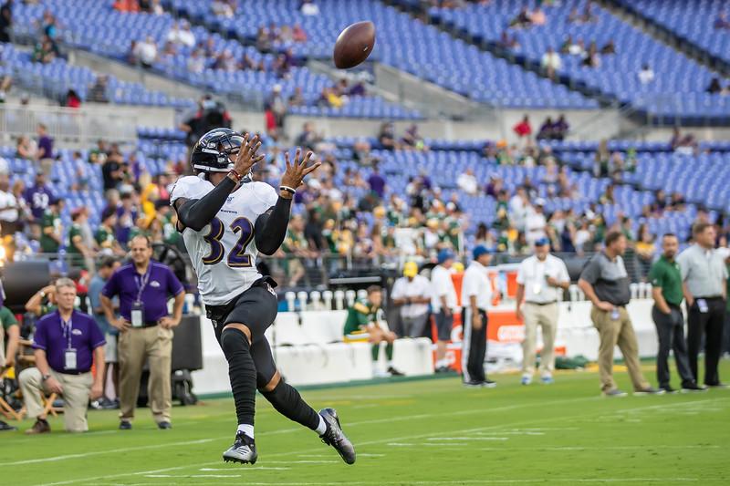 JS Football Ravens Packers 3663.jpg