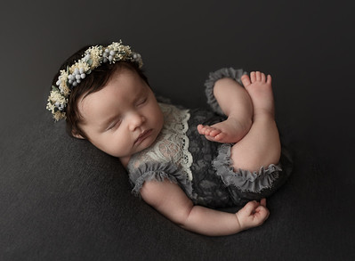Ravellette {Evelyn's Newborn}