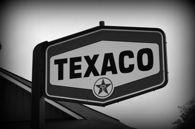 Rhonda Texaco sign