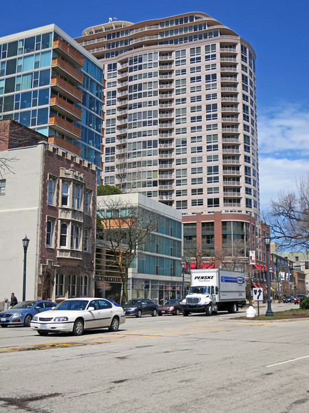28-Looking north on Sherman. The tall building is just across Davis St.