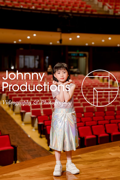 0067_day 1_orange & green shield portraits_red show 2019_johnnyproductions.jpg