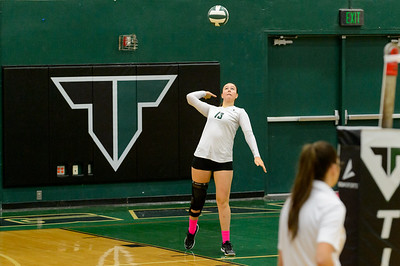 Tigard HS JV Volleyball vs Lakeridge