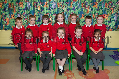 Mrs Hunter's Primary 1 class at Bessbrook Primary School. R1539014