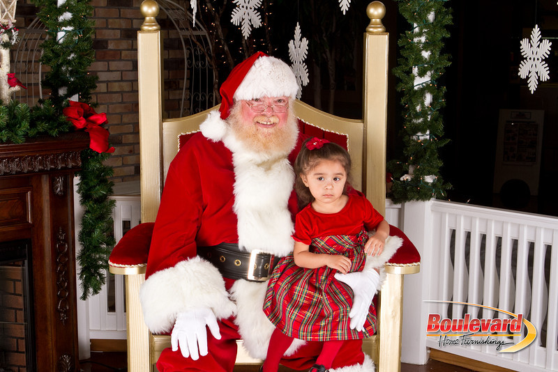 Santa Dec 8-320.jpg