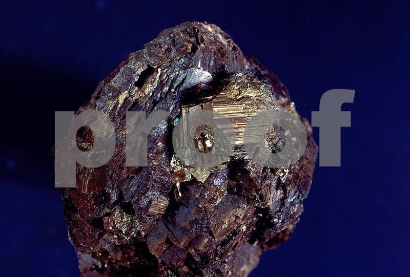 Mercury-pyrite crystals