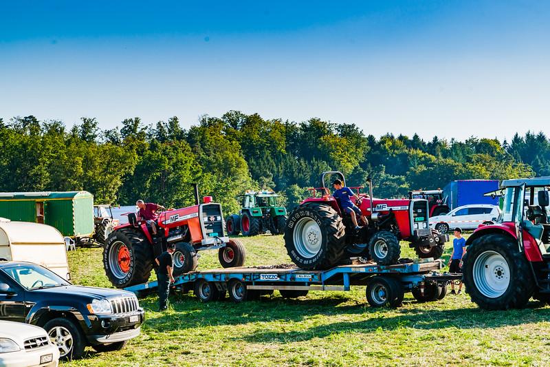Tractor Pulling 2015-01587.jpg