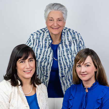 Madison CT Realtor Photos | The Walz Team | Headshots by Cindy Ringer of LJR Images