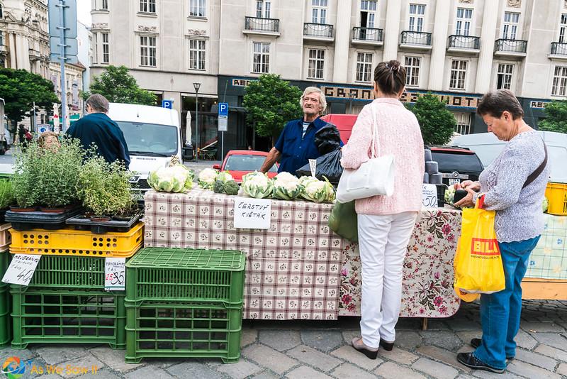 Cabbage-Market-04331.jpg