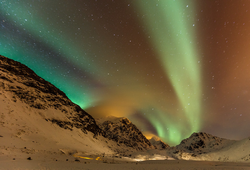 Aurora over the mountains