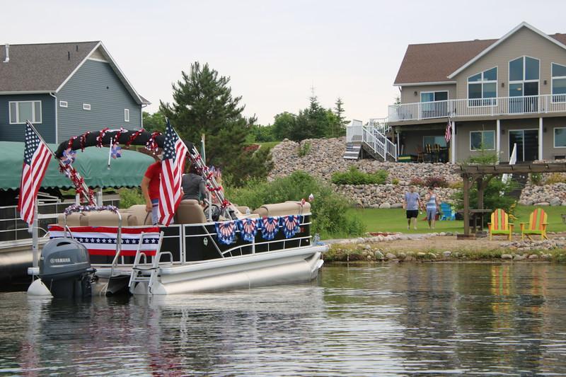 2019 4th of July Boat Parade  (1).JPG