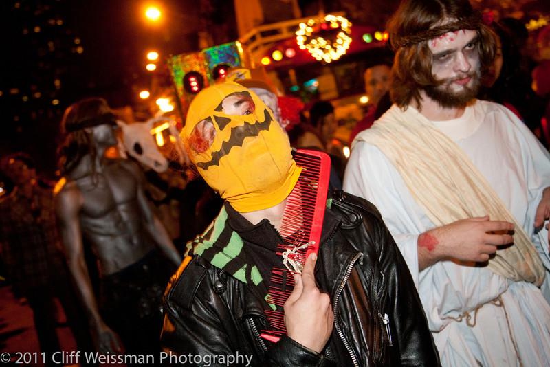 NYC_Halloween_Parade_2011-6642.jpg