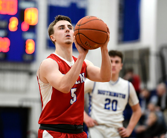 2/21/2019 Mike Orazzi | Staff Berlin High School's Ryan Hyde (5) during the CCC Boys Basketball Tournament in Southington Thursday night.