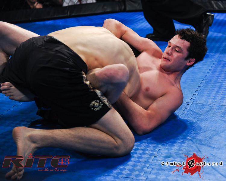 RITC43 B09 - Spencer Rohovie def Jordan Knippelberg_combatcaptured_WM-0004.jpg