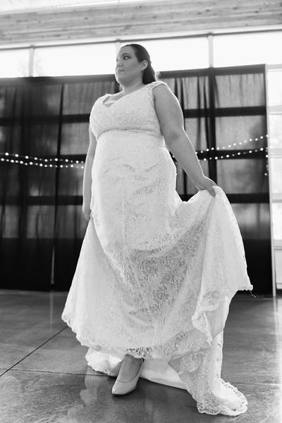Bride&Bridesmaids_30.jpg