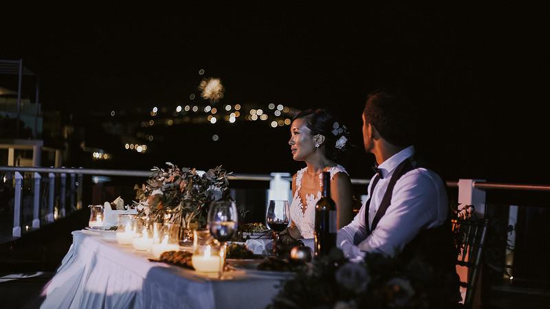 Tu-Nguyen-Destination-Wedding-Photographer-Santorini-Rocabella-Hotel-Euna-Ehsan-806.jpg