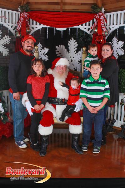 Santa 12-10-16-180.jpg