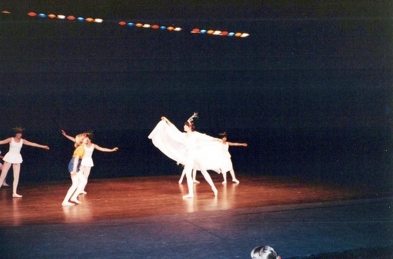 Dance_2705_a.jpg
