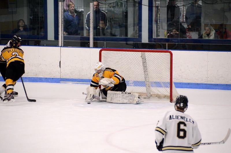 150103 Jr. Bruins vs. Providence Capitals-088.JPG