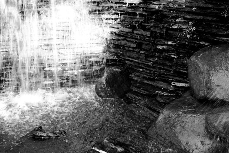 071226-001BW (Abstract; Rocks, Water).jpg