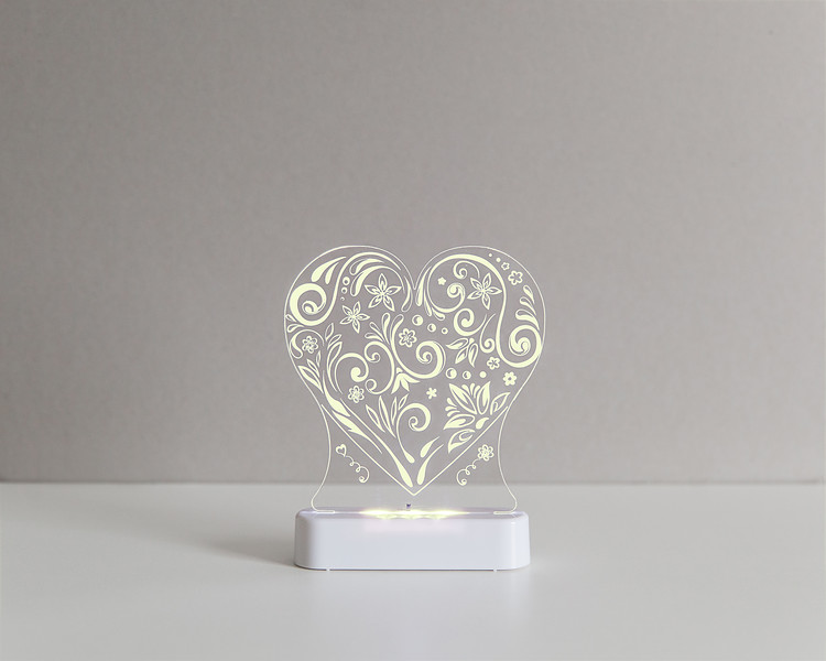 Aloka_Nightlight_Product_Shot_Love_Heart_White_Yellow.jpg