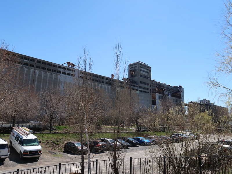 IMG_6941-silos.JPG
