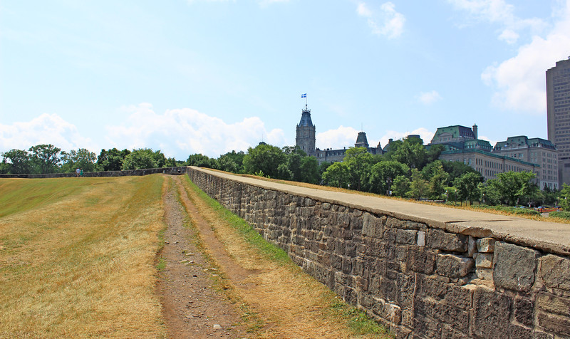 QuebecCity-FortificationWalls11.JPG