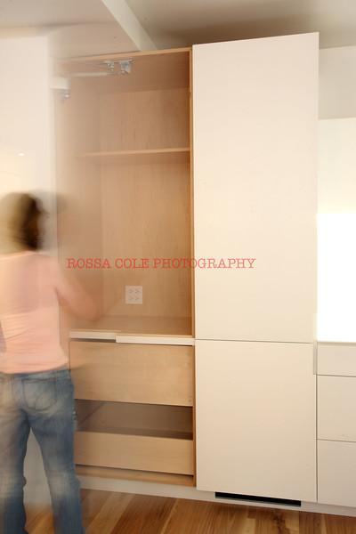 25-Opening pantry 2.jpg