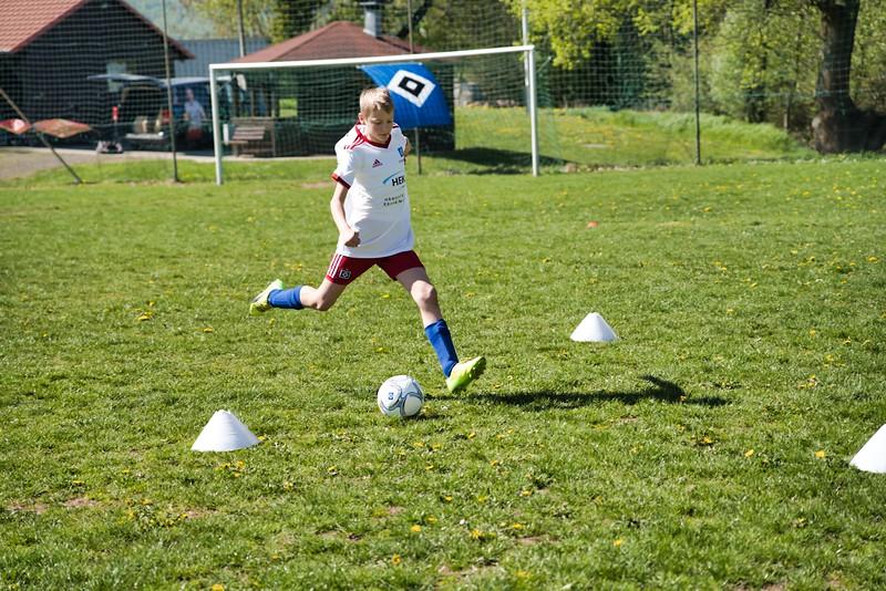 hsv-fussballschule---wochendendcamp-hannm-am-22-und-23042019-y-14_32787663407_o.jpg