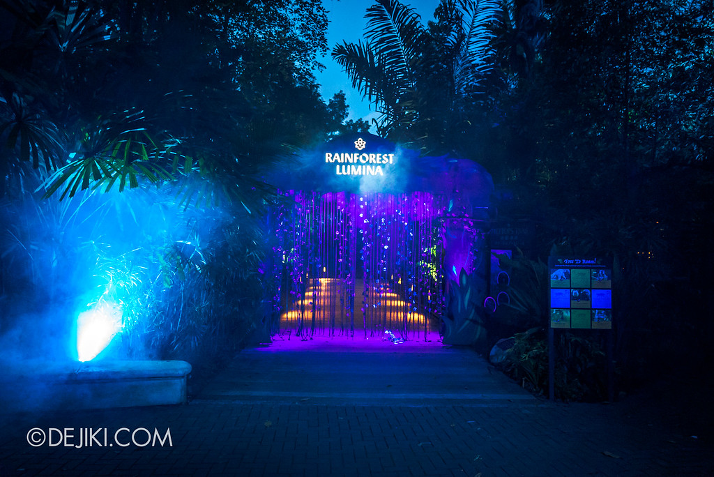 Singapore Zoo Rainforest Lumina - entrance to treetops