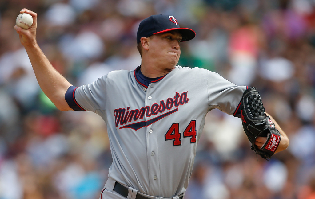 . Twins starting pitcher Kyle Gibson works against the Mariners in the first inning.  (Photo by Otto Greule Jr/Getty Images)