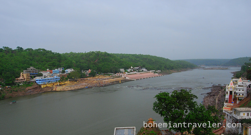 view of Omkareshwar from Manu Guesthouse (2).jpg