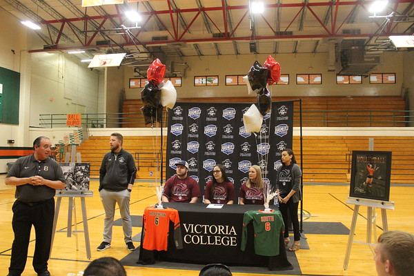 Volleyball College Signing 2020