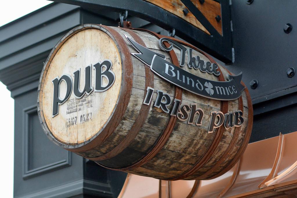 . Three Blind Mice Irish Pub evokes a traditional public house. Ray J. Skowronek/Digital First Media