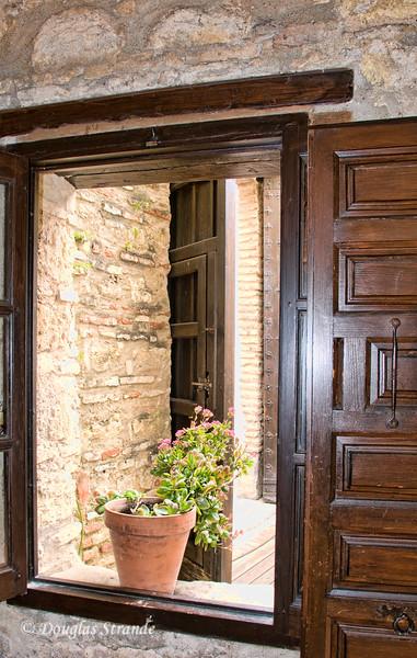 Thur 3/10 in Cordoba: Window onto a small courtyard
