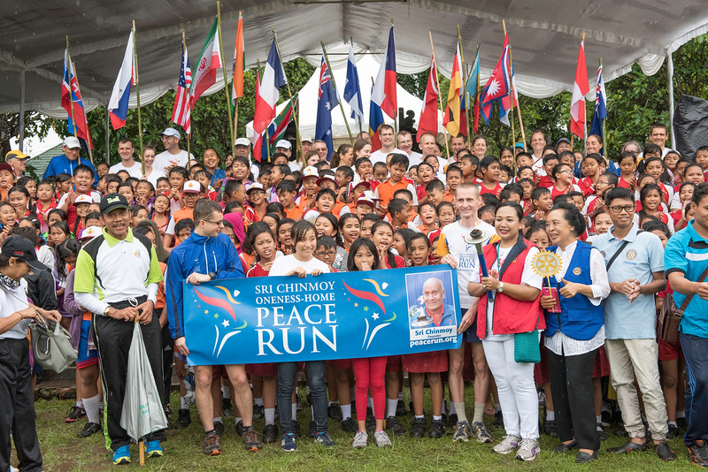 20170202_Peace Run Denpasar w_Mayor_263.jpg